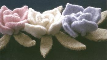 Knitted_flower